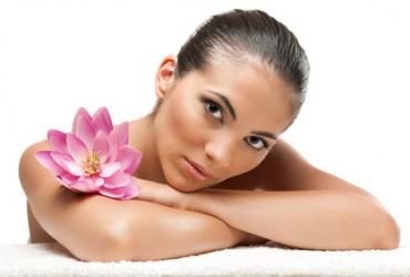 60% попуст на пакет 9 третмани за лице во салон за убавина Silhouette во вредност од 6000ден. за само 2399ден.