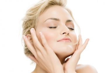 """63% попуст на класичен третман за лице во козметичко студио """"For You"""" во вредност од 800ден. за само 299ден."""