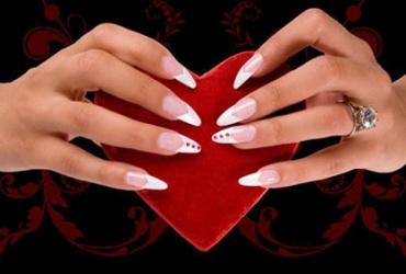 60% попуст на надградба на нокти во Beauty Center EXCLUSIVE во вредност од 1000ден. за само 399ден.