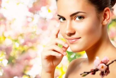 50% попуст на пакет 5 третмани за лице во салон за убавина Silhouette во вредност од 3100ден.  за само 1550ден.