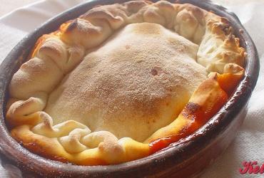 50% попуст на топено сирење по избор со месо или зеленчук во пица ресторан ВИА САКРА во вредност од 250ден. за само 125ден.
