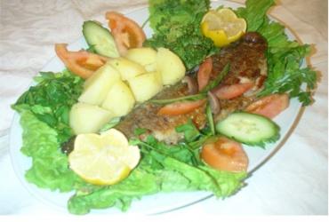 Вкусно и здраво! 50% попуст на порција Мавровска пастрмка со гарнир во Ресторан Пандонос во вредност од  340ден. за само 169ден.