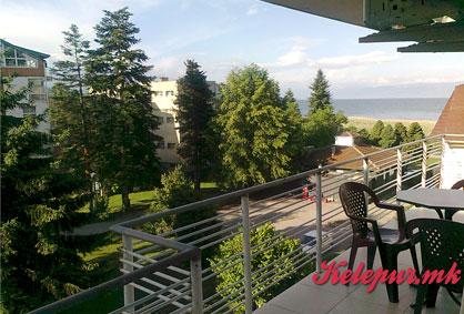 """ТОП ЦЕНА! ДВОДНЕВЕН ПРЕСТОЈ во Охрид за ДВАЈЦА во апартмани """"СМАЌОСКИ"""" за само 1999ден."""